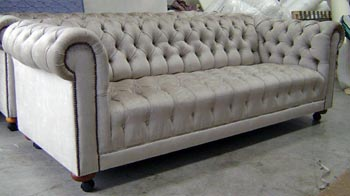 lounge suite reupholstered by Auckland Upholsterers Wilson and Nicholson